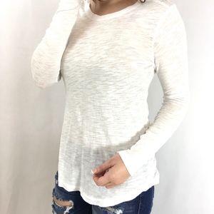 Glamvault Tops - Basic White Long Sleeve Tee